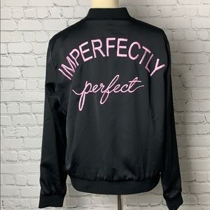 FOREVER 21 BOMBER JACKET BLACK Imperfectly Perfect